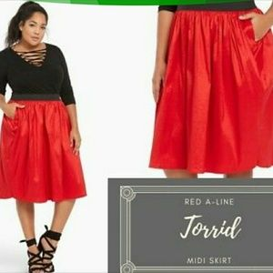NWT Plus size Red skirt by Torrid